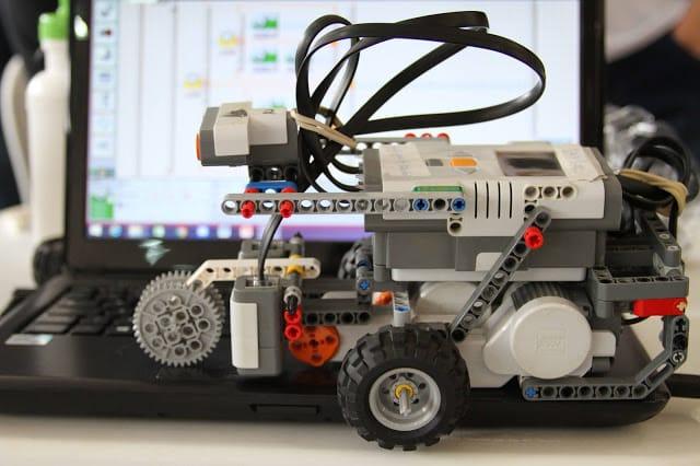 4 cursos serão oferecidos pelo Instituto de Ciências Matemáticas e de Computação (ICMC) da USP São Carlos nas áreas de programação e robótica