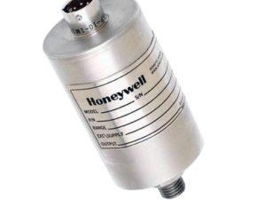 Os transdutores são partes de uma cadeia de medição que transformam uma magnitude física num sinal elétrico. São especialmente importantes para que os medidores possam realizar a detecção, normalmente, estas magnitudes como, por exemplo, temperatura, pressão, umidade do ar, entre outros convertem-se num sinal normalizado.